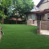 Residential Artificial Lawn Brick Wall